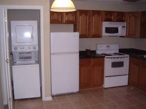 3br -1000ft2 - 1/2 Off First Months Rent A Month For 3 Bedroom 1 Full Bath Condo